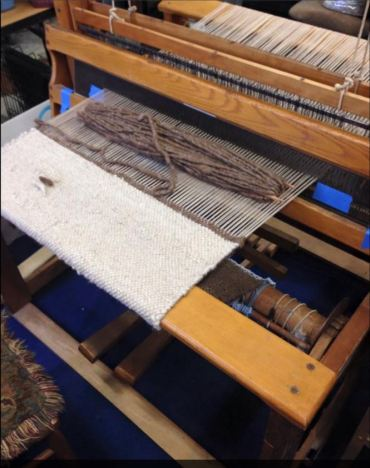 Large weaving machine